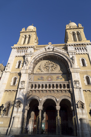 ville: Cathedral of St. Vincent Paul in Avenue Habib Bourguiba, Tunis, Tunisia
