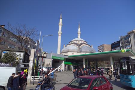 cami: Istanbul, Turkey - February 18, 2017: Caglayan Yeni Cami (New Mosque) in Caglayan district of Sisli, Istanbul.