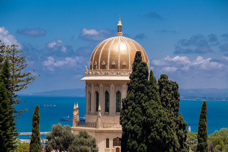 Bahai Gardens (Shrine of the Bab), a holy pilgrimage for the Bahai believers built on Mount Carmel in Haifa, Israel. Banco de Imagens