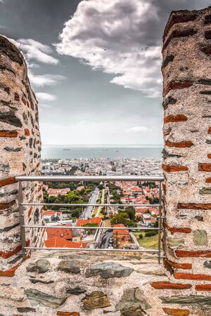 Aerial view of Thessaloniki from the ancient walls of the castle and Trigonion Tower in the old city Ano Poli. Banco de Imagens