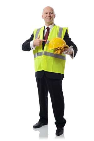 seguridad laboral: hombre en el Concepto PPE para el uso de equipos de seguridad aislados en blanco