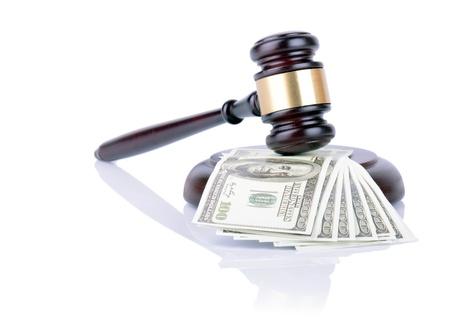 corrupcion: Mazo en billetes de 100 dólares aisladas en blanco