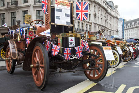 motorcar: LONDON - NOVEMBER 1: A veteran WW1 Albion motorcar is lined up alongside other classic vehicles in the middle of Regent Street during the annual Regent Street motor show on November 1, 2014 in London