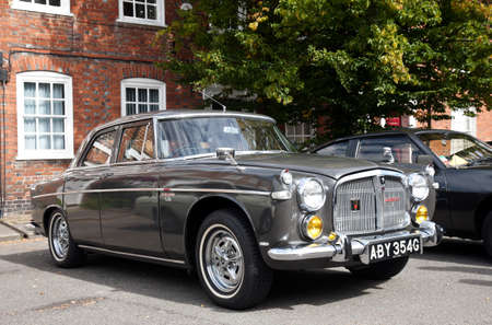 motorcar: AMERSHAM, UK - SEPTEMBER 13: An immaculate vintage Rover P5 motorcar is parked on the side of the public highway during the annual Amersham Heritage day festival on September 13, 2015 in Amersham. Editorial
