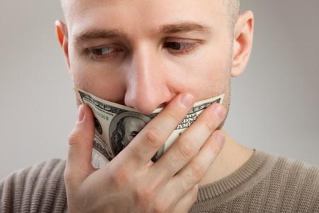 imbavagliare: Silenzio umano - bavaglio valuta dollaro chiusa la bocca di uomini