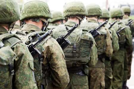Armée parade - armée rangée soldat de la force uniforme de Mars