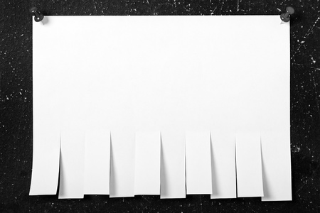 Pinned post-it blank white reminder paper note photo
