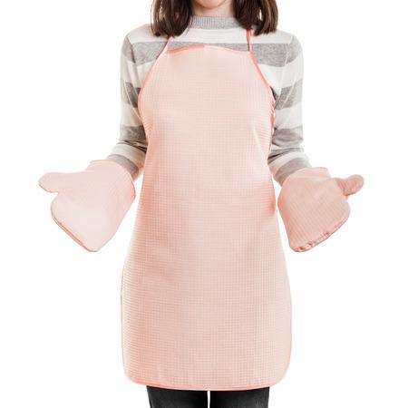 台所作業主婦コンセプト - 美容女性料理エプロン、オーブン ミット白い分離された身に着けています。 写真素材