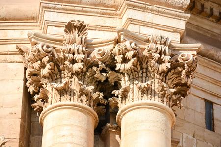 unique details of architectural treasures in Italy