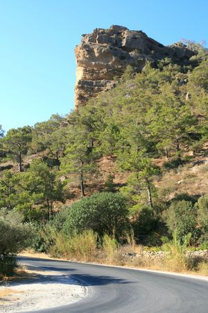 steep cliff: Steep cliff by the highway Stock Photo