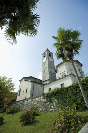 Rear View of the Lake Maggiore church on the banks of the picturesque Lake Maggiore Standard-Bild