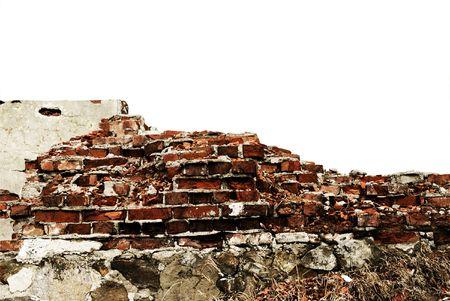 muro rotto: danneggiato parete isolata sulla sfondo bianco  Archivio Fotografico