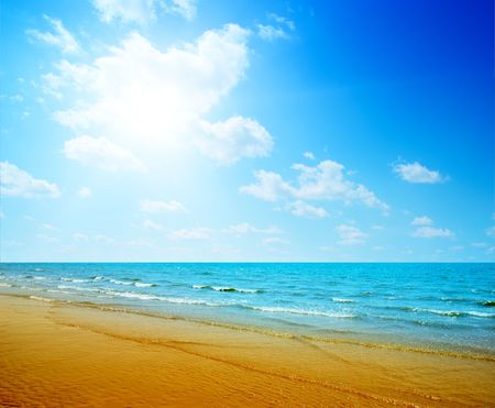 sand and ocean Stock Photo - 4852541