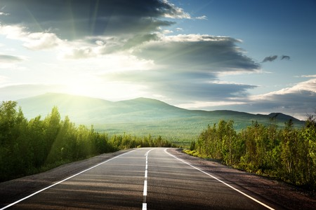 v�locit�: route dans les montagnes russes