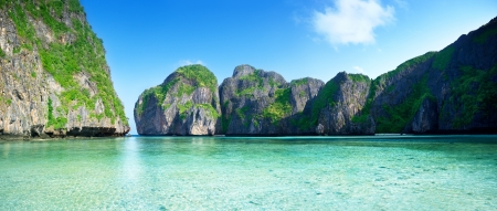 pano of Maya bay Phi Phi island Thailand photo