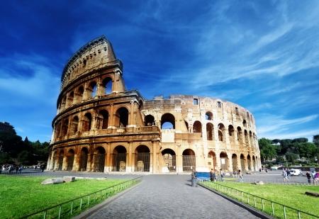 roma antigua: Coliseo en Roma, Italia