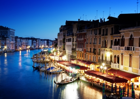 rialto bridge: Grand Canal in Venice, Italy at sunset Stock Photo