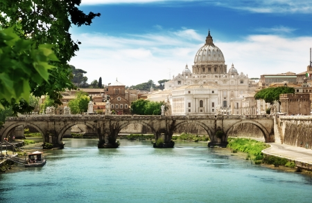basilica of saint peter: view on Tiber and St Peter Basilica in Vatican