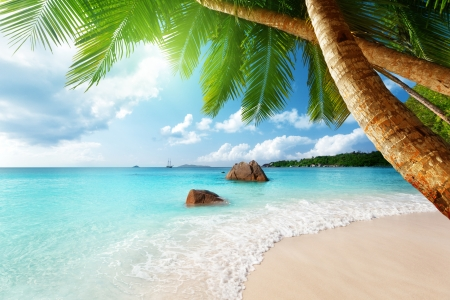 seychelles: Anse Lazio beach on Praslin island in Seychelles