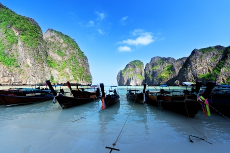 boats at Maya bay Phi Phi Leh island, Thailand Stock Photo - 18124699