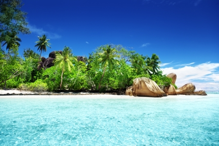 Anse Source d'Argent beach, La Digue island, Seychelles Stock Photo - 18661601