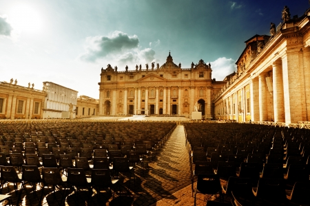 basilica of saint peter: Saint Peters Square in Vatican and seats
