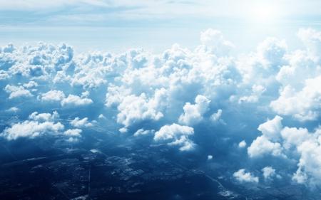 ozon: Wolken und Himmel