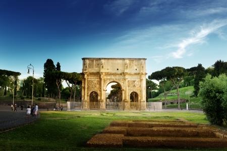 roman column: Arch of Constantine, Rome, Italy