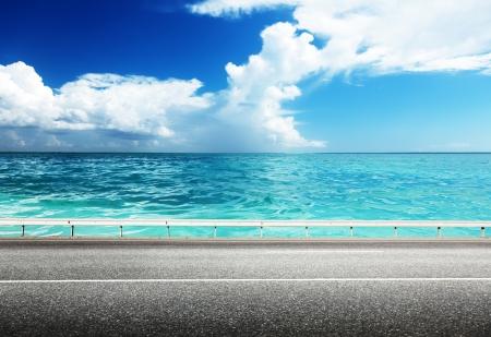 asphalt road and sea Фото со стока - 22936263