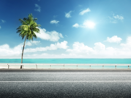 mer ocean: route goudronn�e et de la mer