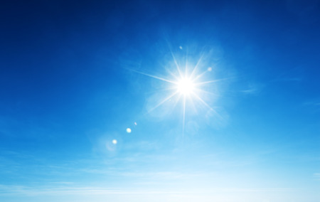 Blauwe lucht en zon Stockfoto - 30941256