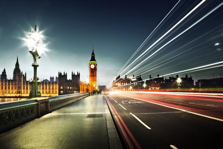 medios de transporte: Big Ben desde el puente de Westminster, Londres