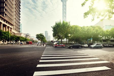 carretera: calle de Shanghai Lujiazui, China