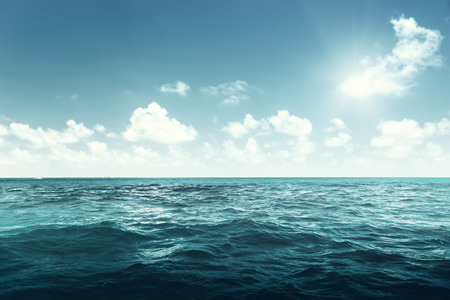 完璧な空と海