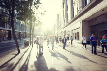 bewegung menschen: Menschen in Bokeh, Stra�e von London
