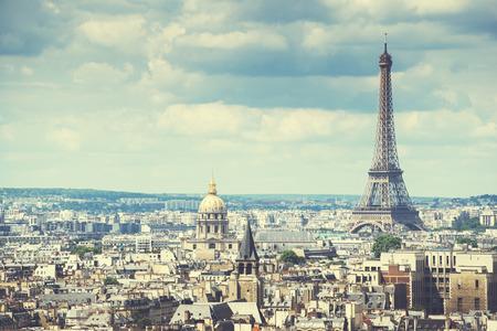 paris vintage: Ver en la Torre Eiffel, Par�s, Francia Foto de archivo