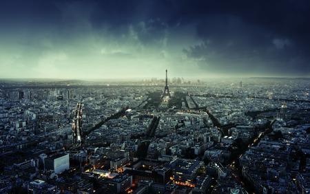 Paris horizon au coucher du soleil, France Banque d'images - 42409972