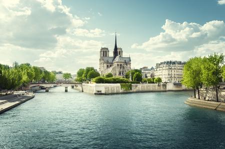 Seine and Notre Dame de Paris, Paris, France 写真素材