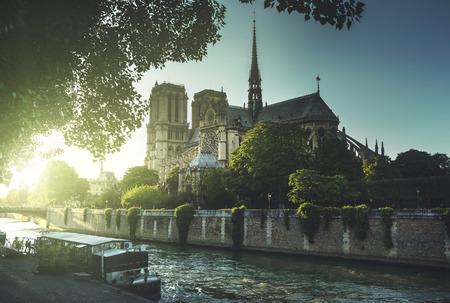 de': Notre Dame de Paris, France