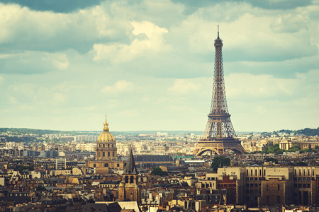エッフェル塔、パリ、フランスのビュー