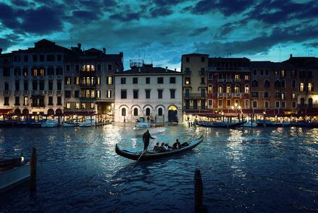 paisagem: Grand Canal no tempo do por do sol, Veneza, Itália Banco de Imagens