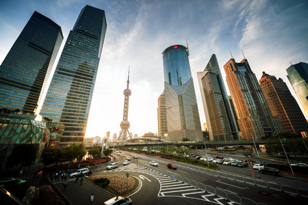 上海の陸家嘴金融センター、中国の道路 報道画像