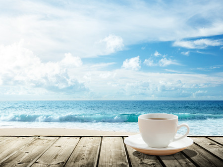 sea and cup of coffee Stockfoto