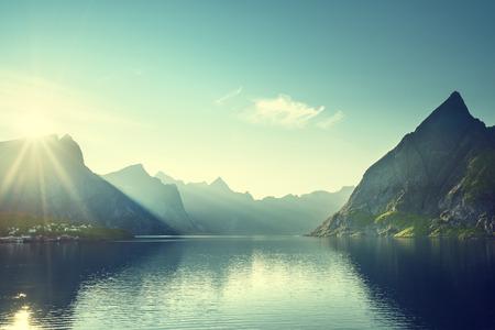 로 포텐 제도, 노르웨이의 일몰 스톡 콘텐츠 - 46411533