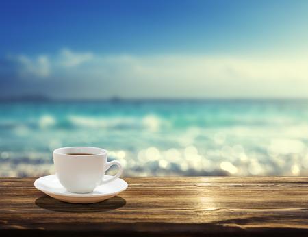 sea and cup of coffee Foto de archivo