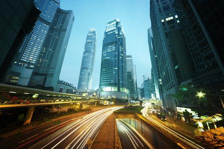 speed: el tráfico en Hong Kong en la puesta del sol Foto de archivo