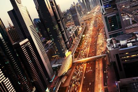 일몰 시간, 아랍 에미리트 두바이의 스카이 라인