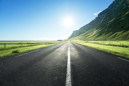 strada in Islanda estate