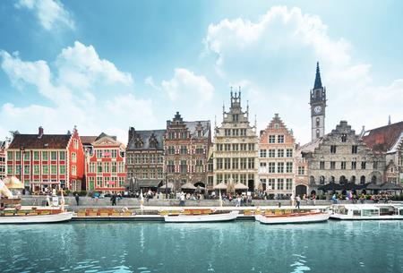 Cidade velha de Ghent, Bélgica Foto de archivo - 87876897