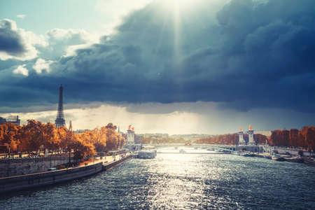 Alexander III bridge and Eiffel tower, Paris, France 写真素材 - 155625247